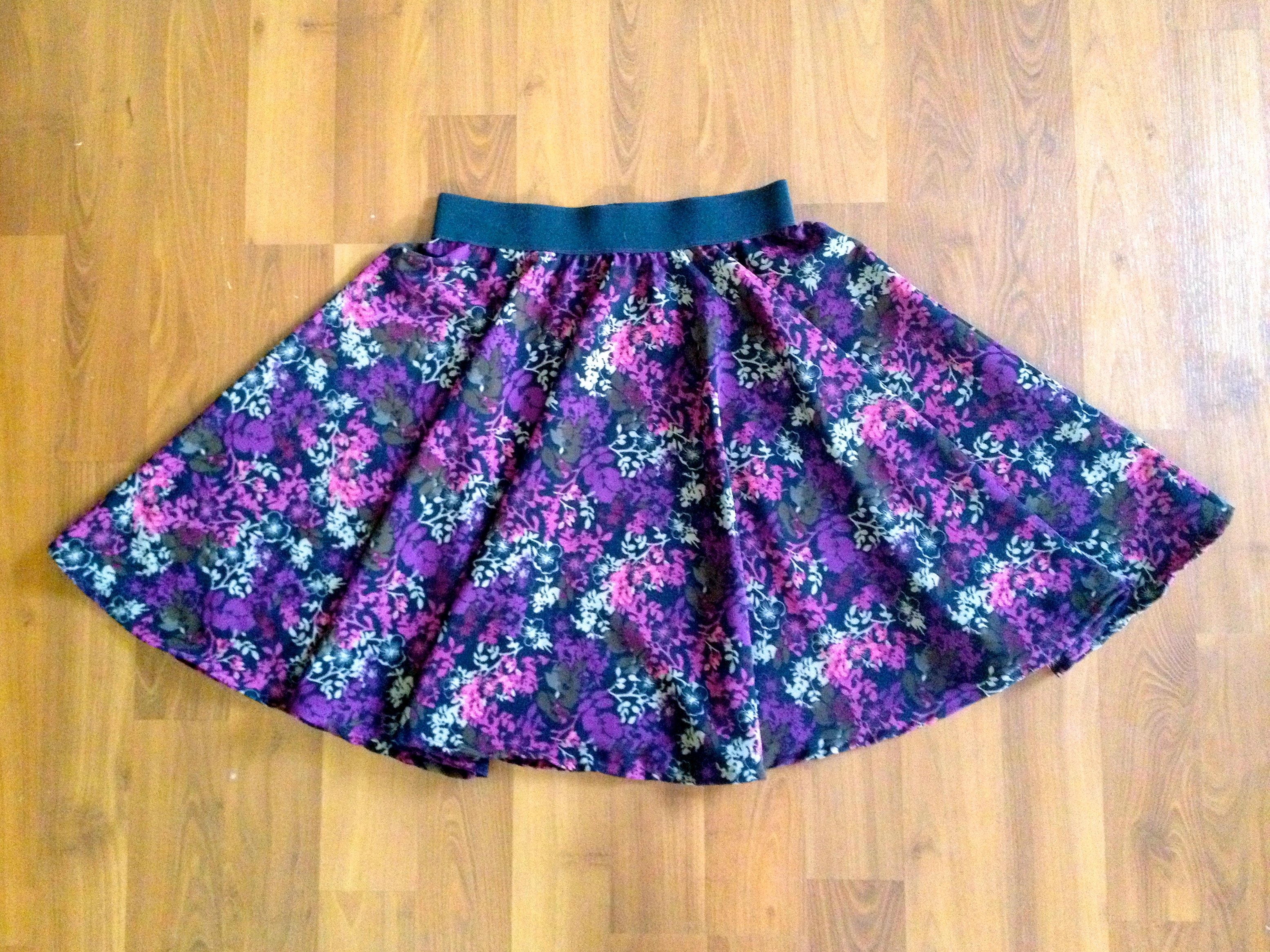 Sewing for Myself: Women's Circle & Peasant Skirts
