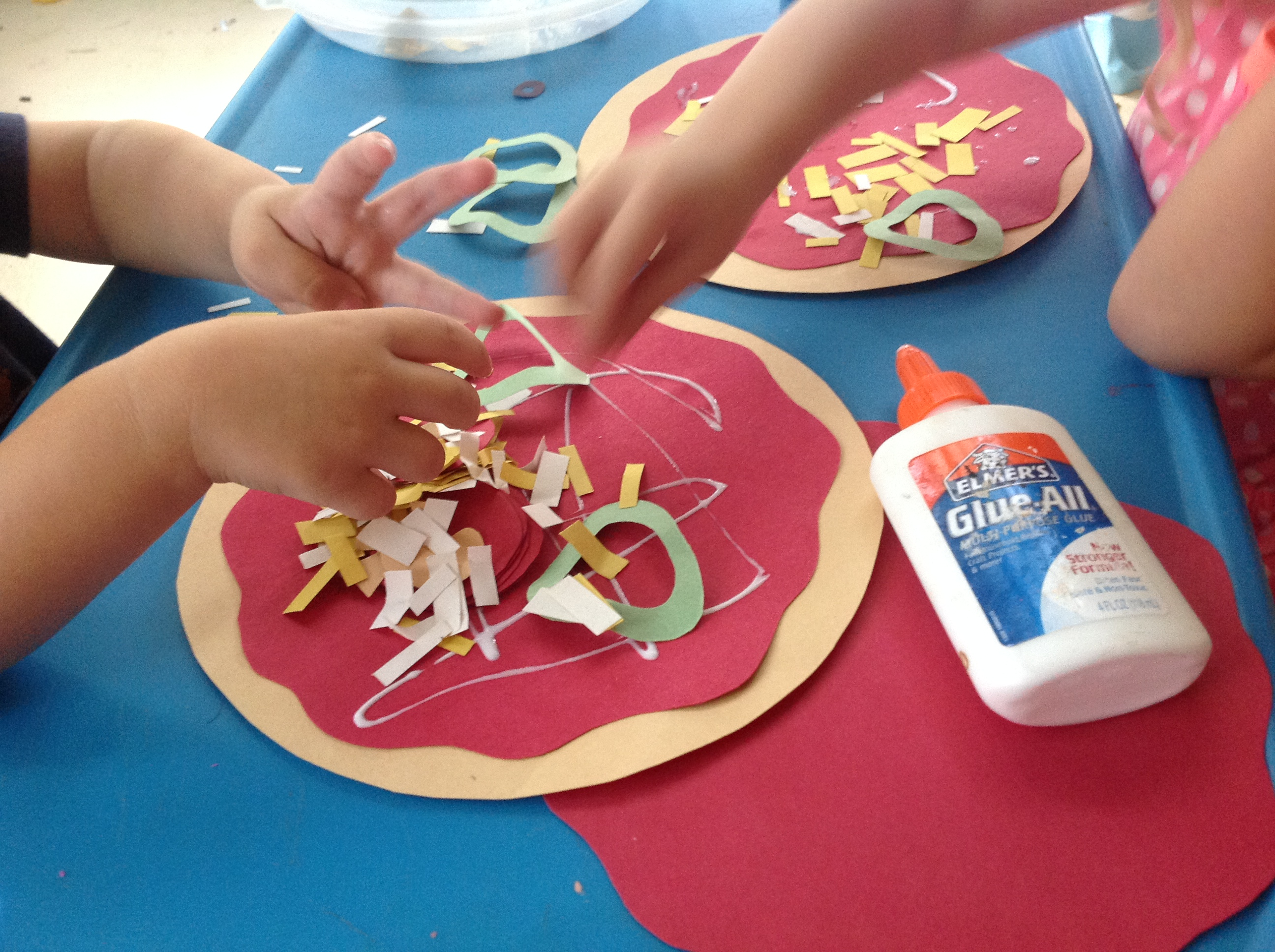 Make a pizza our potluck family for Fun kid food crafts