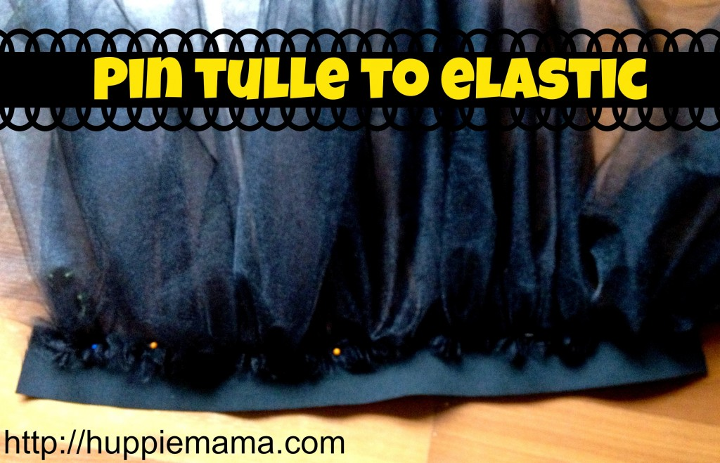 pin tulle to elastic #disneyside