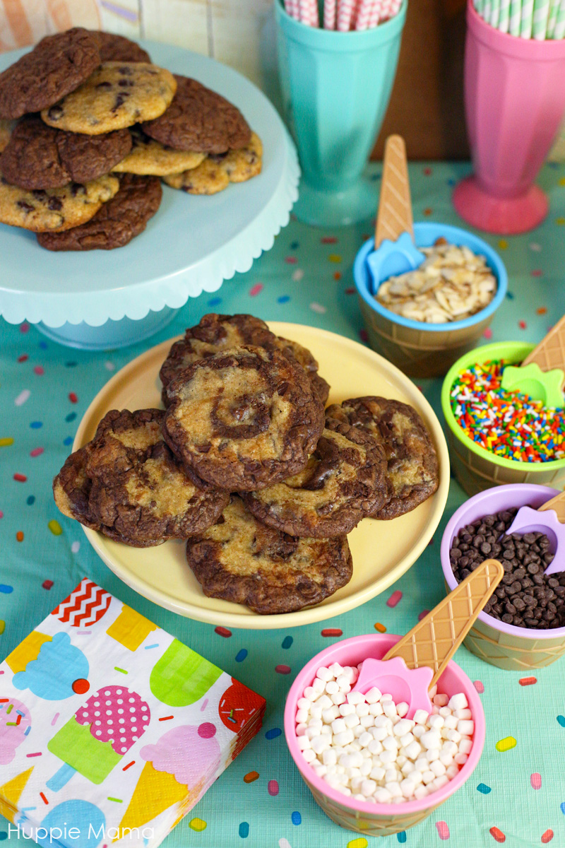 cookies and toppings