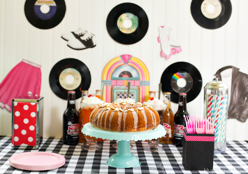 Retro Party Tablescape