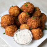 Crunchy Tuna Bites with dip