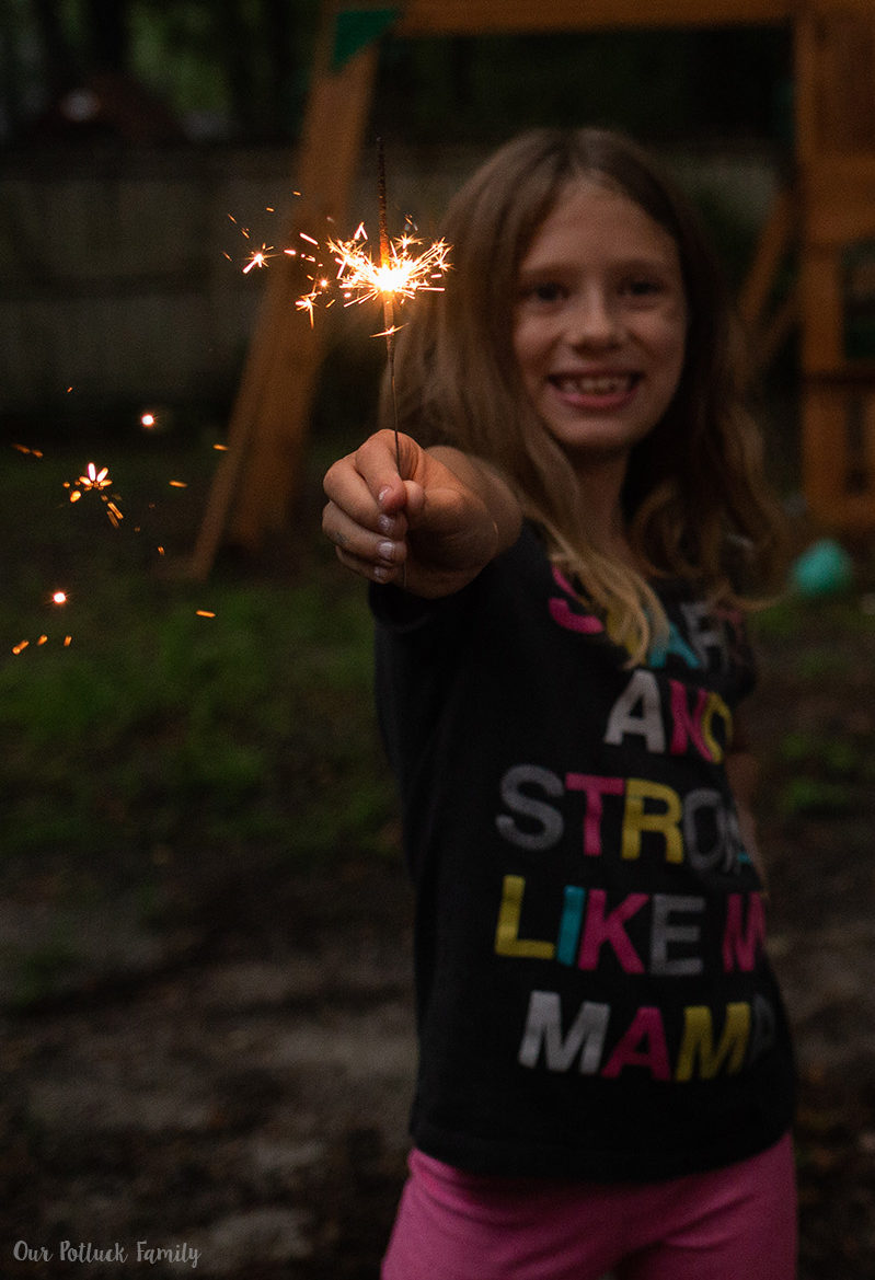 Patriotic Party Ideas girl sparkler
