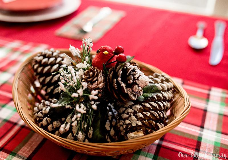 Holiday Kitchen Decorating Centerpiece