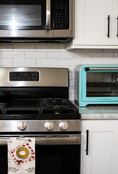 Holiday Kitchen Decorating appliances
