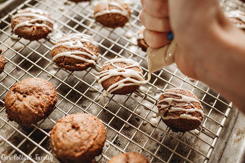 Gluten-Free Spice Cookies glaze