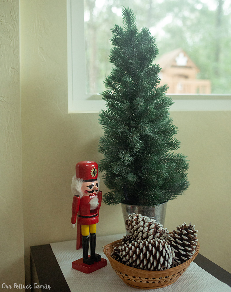 Holiday Guest Room Christmas