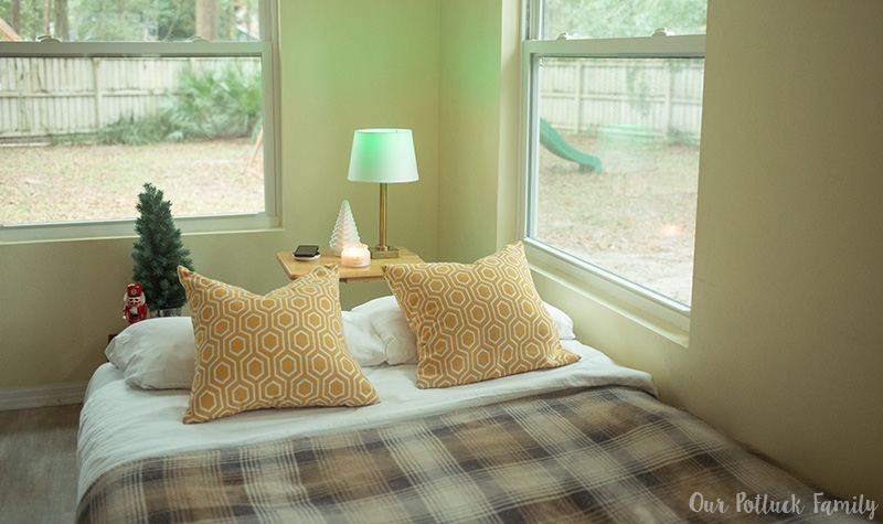 Holiday Guest Room bed