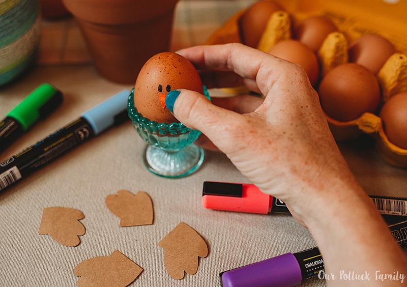 Chicken Nest Easter Egg Craft beak
