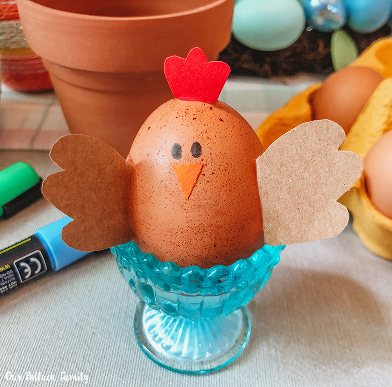 Chicken Nest Easter Egg Craft stand