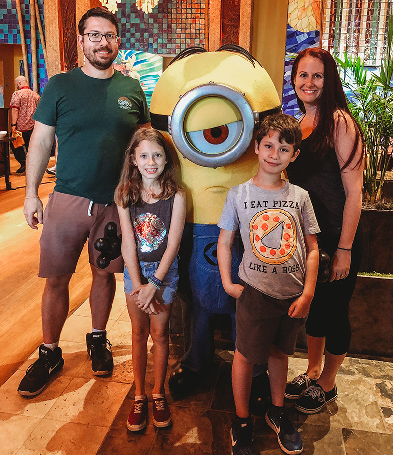 Universal Studios Cabana Bay Beach Resort family breakfast