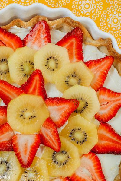 Strawberry Kiwi Cheese Tart close-up